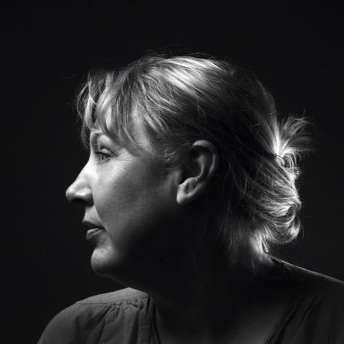 Rebecca Hamilton's avatar