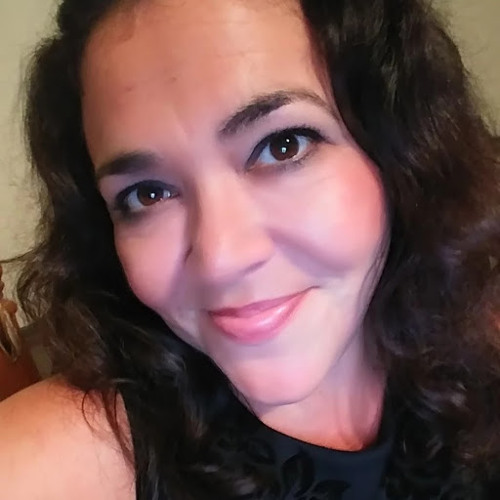 Maria Miranda's avatar
