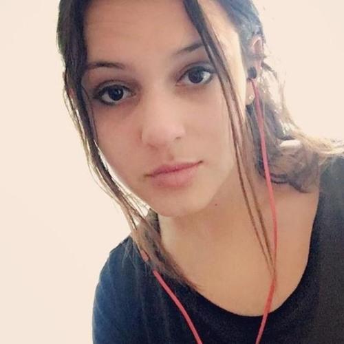 Maya Padilla's avatar