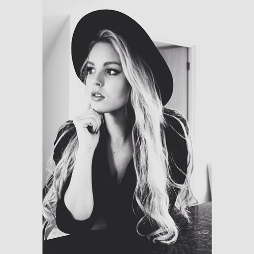 Christina Compton's avatar