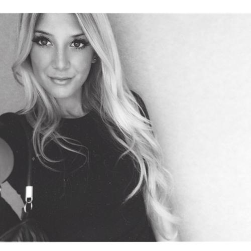 Tiffany Good's avatar