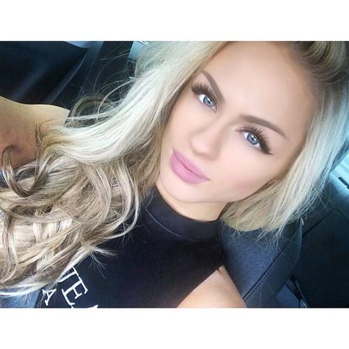 Alexandra Harrison's avatar