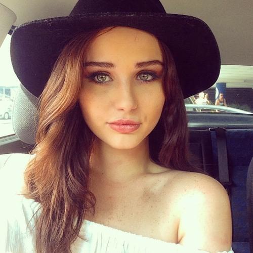 Paige Kelly's avatar