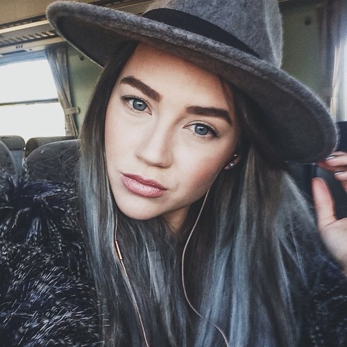Gabrielle Frost's avatar