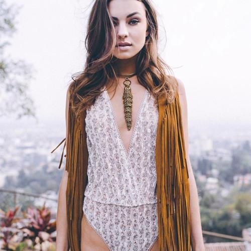 Genevieve Long's avatar