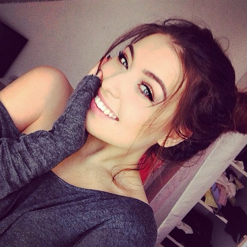 Rebecca Mayer's avatar