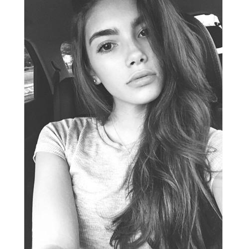 Amber Hammond's avatar