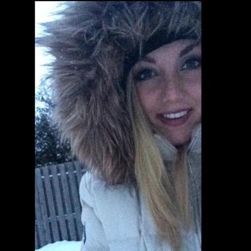Ana Huff's avatar