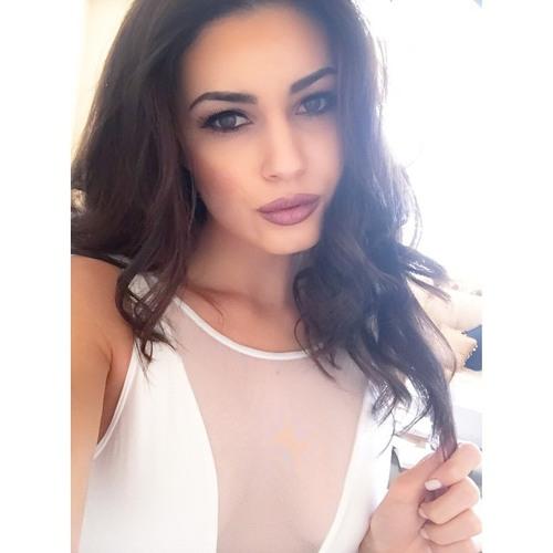 Maya Thornton's avatar