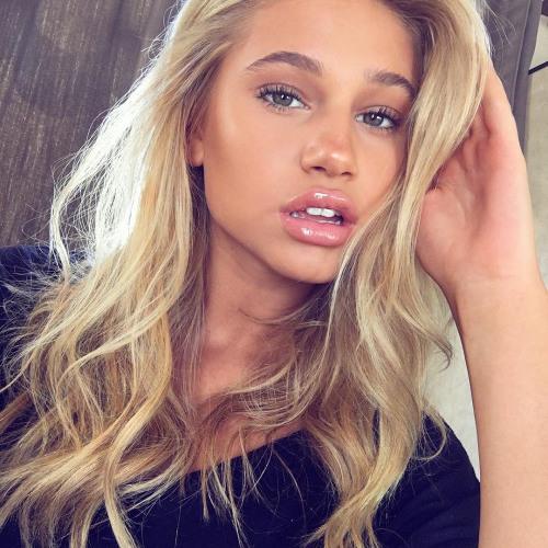 Sofia Murray's avatar