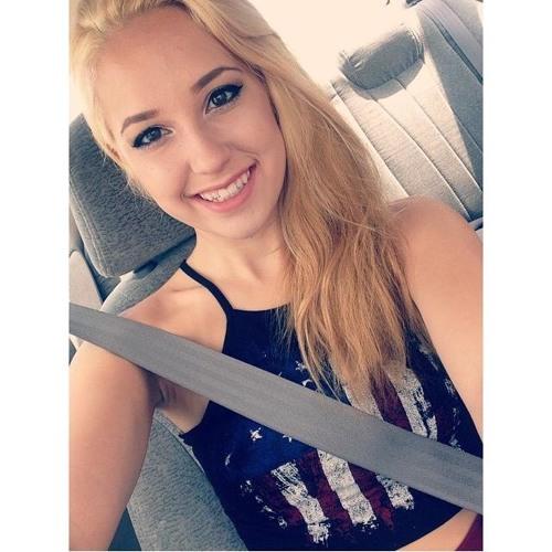 Victoria Fisher's avatar