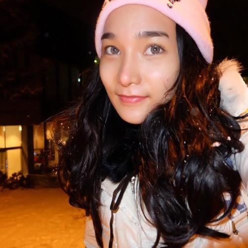 Alice Reilly's avatar