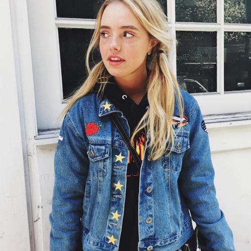 Anna Joseph's avatar