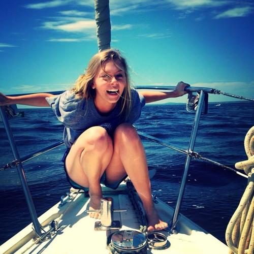 Leah Hinton's avatar
