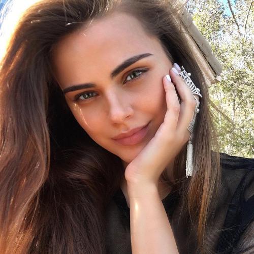 Sophia Long's avatar