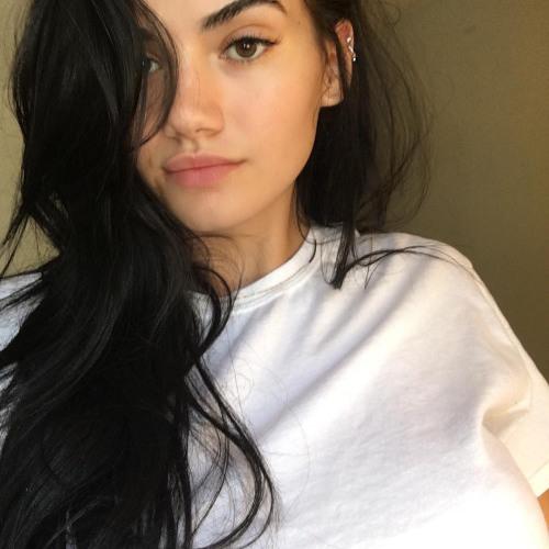 Courtney White's avatar