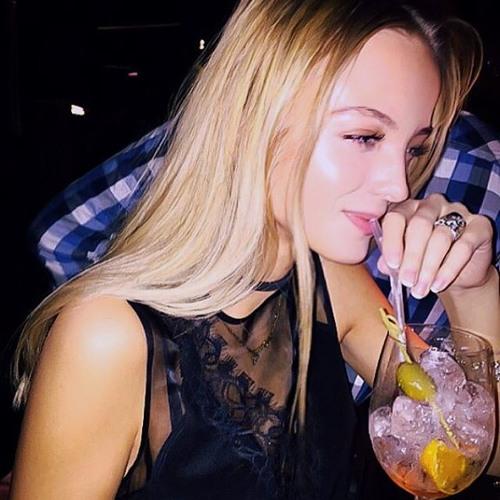 Elise Huber's avatar