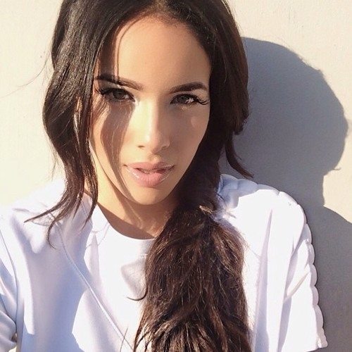 Aria Hayes's avatar