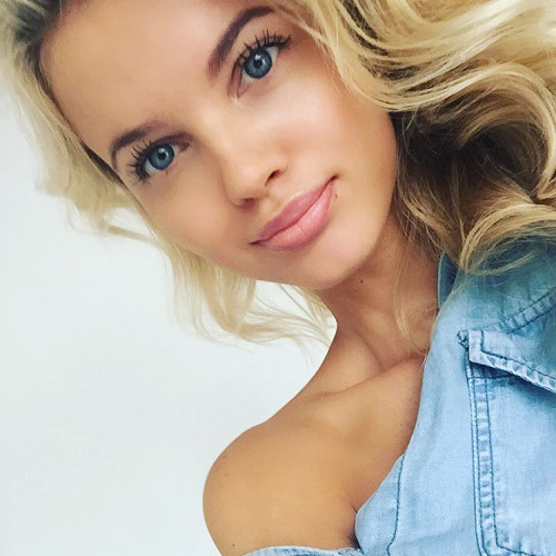 Lucy Rush's avatar