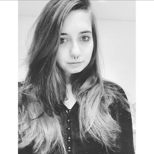 Sara Hall's avatar