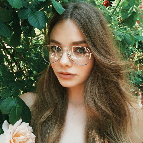 Julia Camacho's avatar