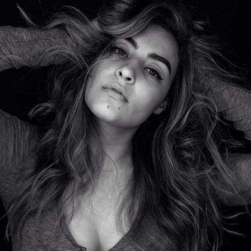 Stephanie Zuniga's avatar