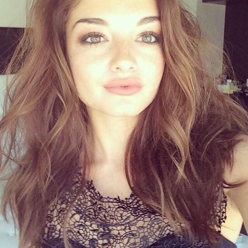 Sophia Brandt's avatar