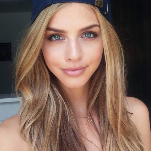Victoria Bishop's avatar