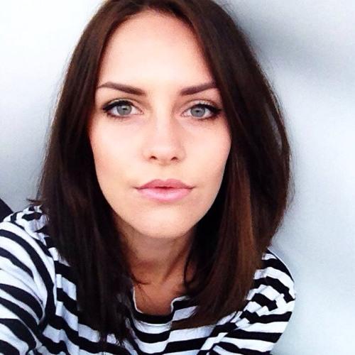 Aria Robles's avatar