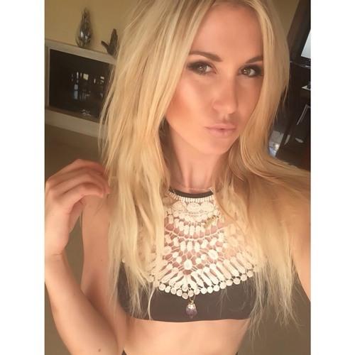 Erin Marks's avatar