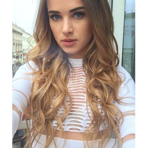 Megan Lucero's avatar