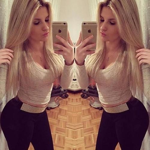 Ashley Weiss's avatar