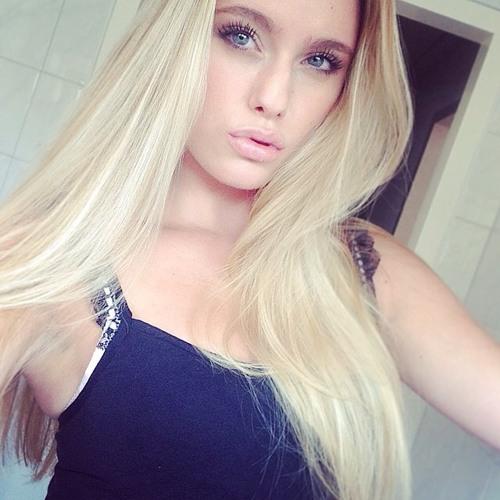 Maria Brooks's avatar