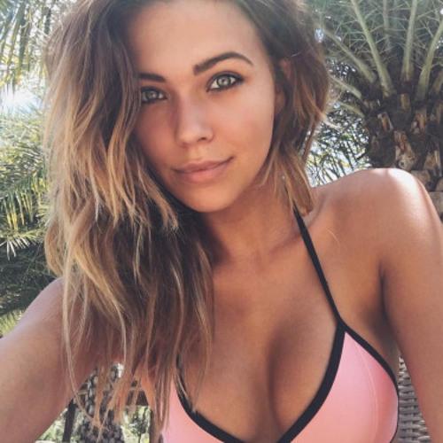 Savannah Jackson's avatar
