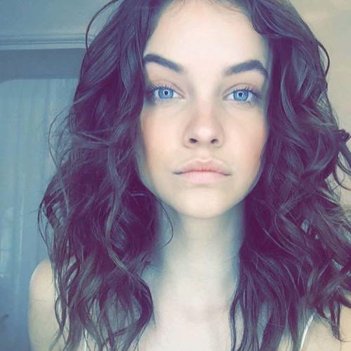 Valeria Phillips's avatar