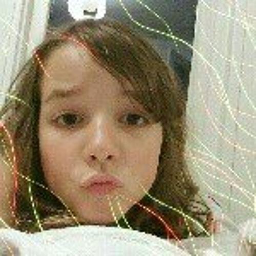 Sarah Lewis's avatar
