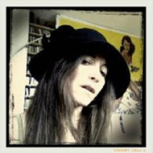 MarieL's avatar