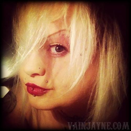 Vain Jayne's avatar