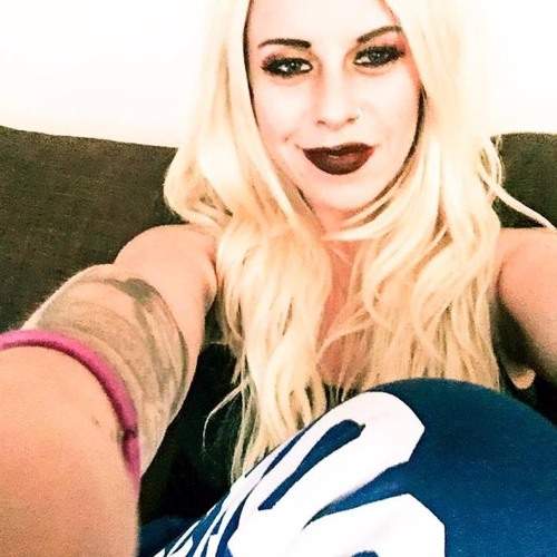 Rihana Terrell Singer/Songwriter Portfolio's avatar