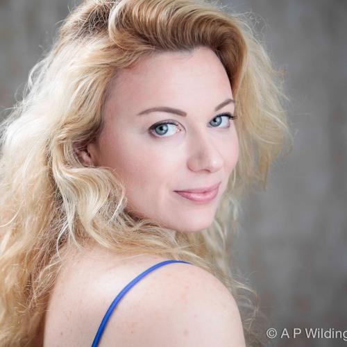 Vicky Carter's avatar
