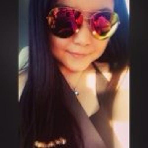 Lena Weaver's avatar