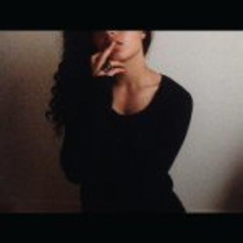Shana Hake's avatar