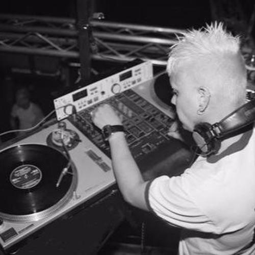 SuperStar DJ Dega's avatar