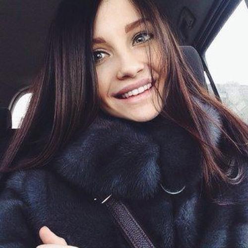 alettawilkins93's avatar