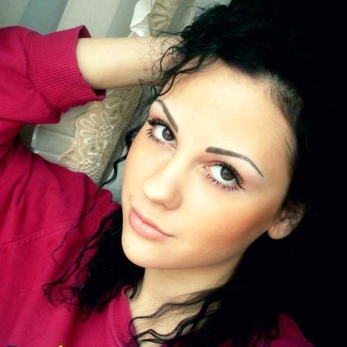tinayalewis93's avatar