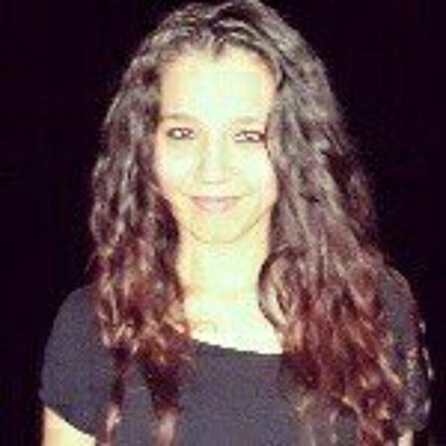 Angeline Mustafa's avatar