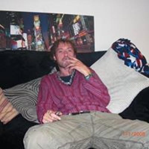 Darren Molloy's avatar