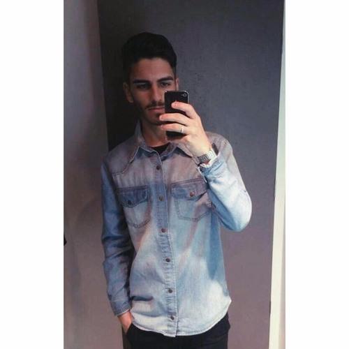 Rafael Medeiros 39's avatar
