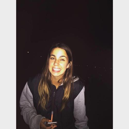 Chloe Molloy's avatar
