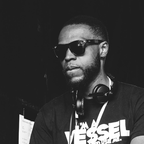 DJ Kelechi's avatar